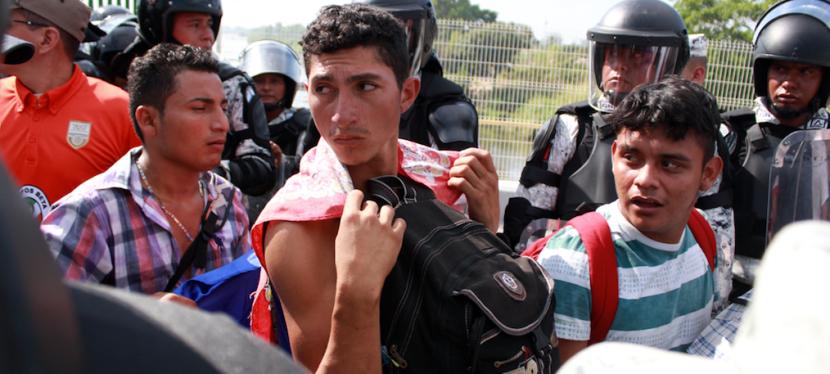 """Montserrat Narro: """"La pandemia dio la excusa perfecta para cerrar fronteras y terminar de desmantelar el sistema de asilomigratorio"""""""